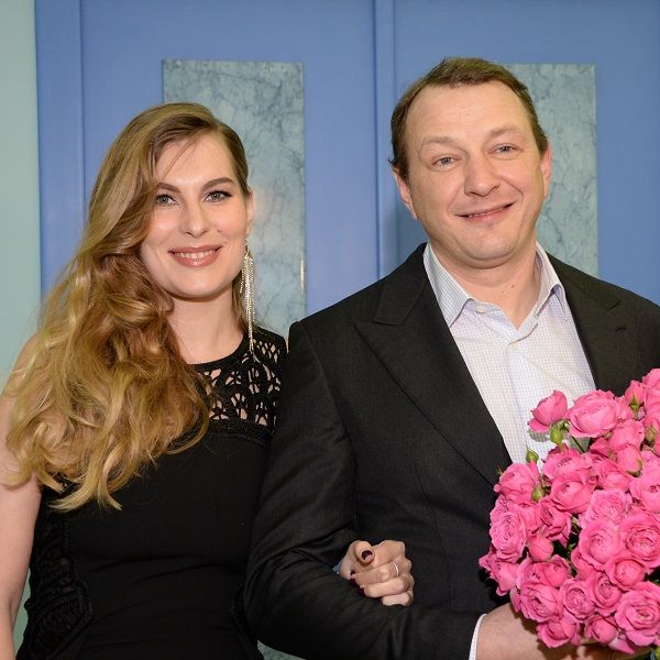 Стало известно, на каких условиях оформившие развод Марат Башаров и Елизавета Шевыркова продолжают жить вместе