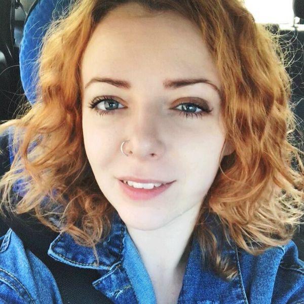 Экс-солистка Ранеток Женя Огурцова кардинально изменила имидж после расставания с мужем
