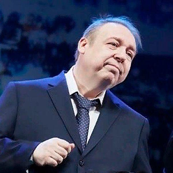 Похудевший на 100 килограммов Александр Семчев подумывает сделать круговую подтяжку лица