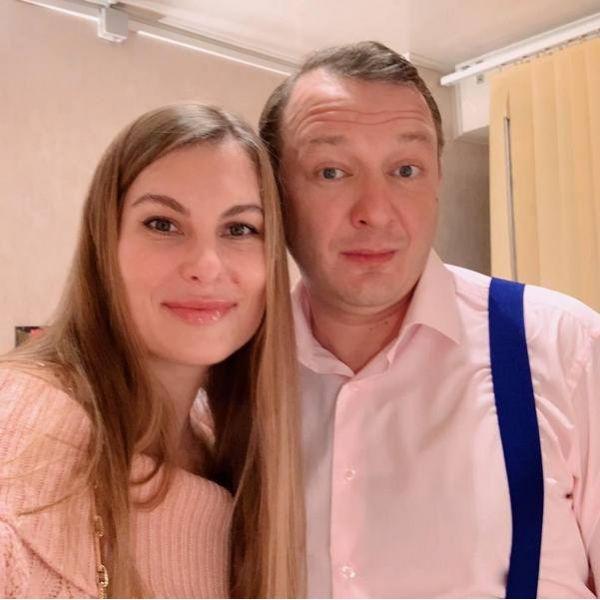 Экс-жена Марата Башарова уволилась с работы после развода с актером