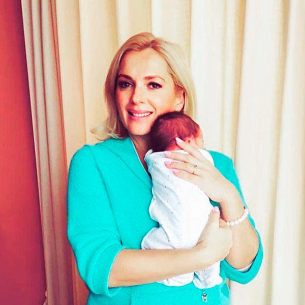 Мария Порошина рассказала, как съемки в сериале «Родители» помогли ей в воспитании 7-месячного сына