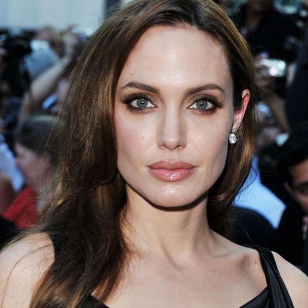 Анджелина Джоли закатила истерику, узнав о новом романе ... анджелина джоли