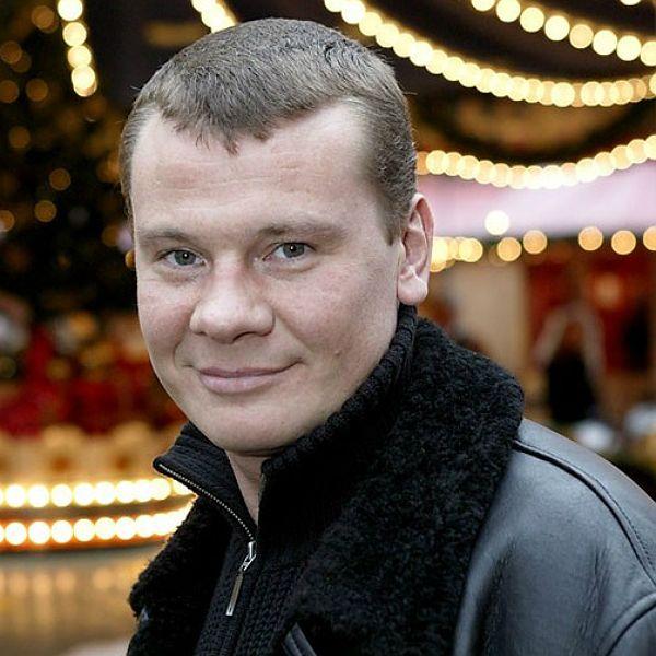 Ученица «Школы экстрасенсов» назвала квартиру умершего актера Владислава Галкина «могильником»