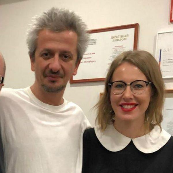 Ксения Собчак поддержала Константина Богомолова на премьере его спектакля