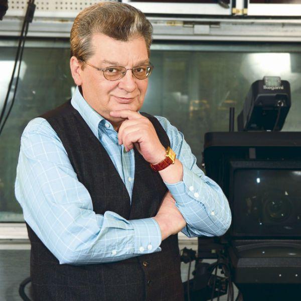 У больного раком телеведущего Александра Беляева начались проблемы с речью