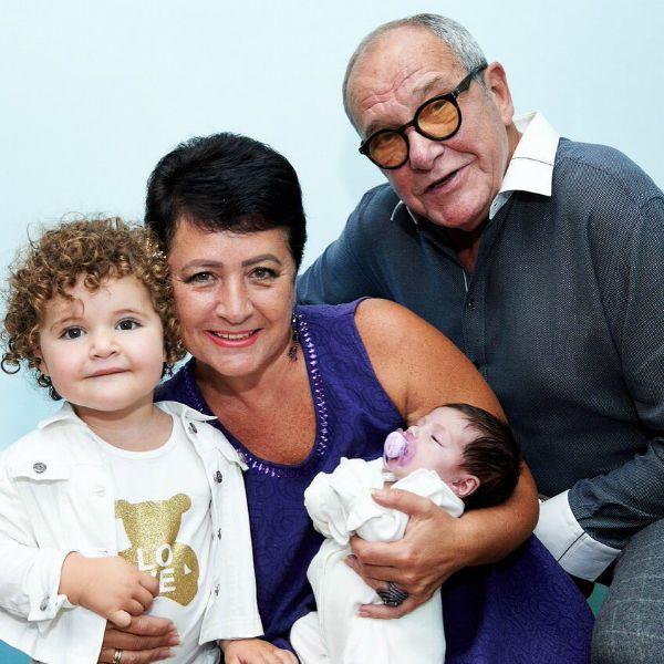 79-летний Эммануил Виторган в четвертый раз стал отцом и показал новорожденную дочь
