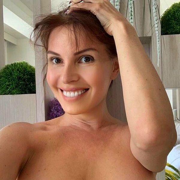 53-летняя Наталья Штурм показала, как выглядела в 16 лет