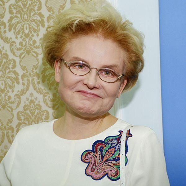 Елена Малышева ответила на критику выпуска программы «Жить здорово», в котором она назвала умственно отсталых детей «кретинами»