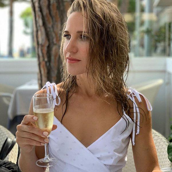 Юлия Ковальчук высмеяла слухи о том, что страдает от алкоголизма из-за послеродовой депрессии