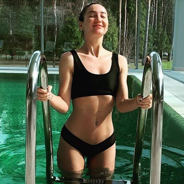 33-летняя Ольга Бузова опубликовала видео в купальнике