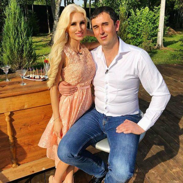 Звезда «Дома-2» Розалия Райсон вновь избила своего жениха Андрея Шабарина, который ее предал