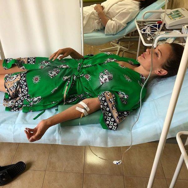 50-летняя Эвелина Бледанс опубликовала фото, где лежит под капельницей