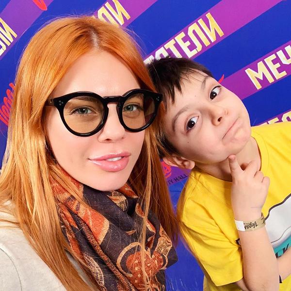 Анастасия Стоцкая опубликовала кадры с празднования 8-летия сына