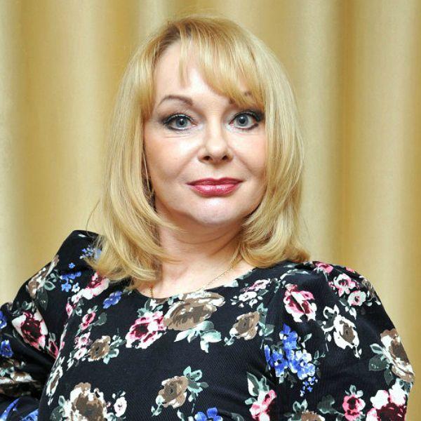 55-летнюю звезду сериала «Кадетство» Ирину Цывину нашли мертвой в своей квартире