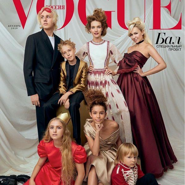 Наталья Водянова и Яна Рудковская вместе с детьми снялись для обложки Vogue