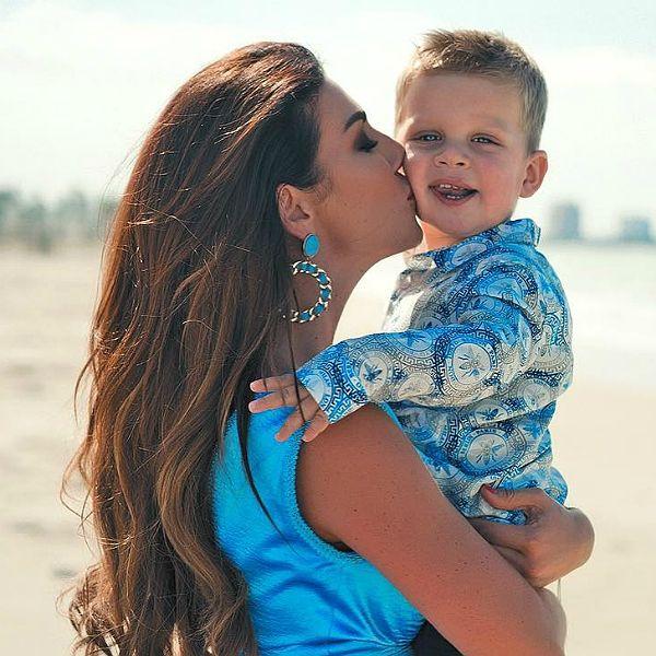 Анна Седокова трогательно призналась сыну в любви в день его 2-летия