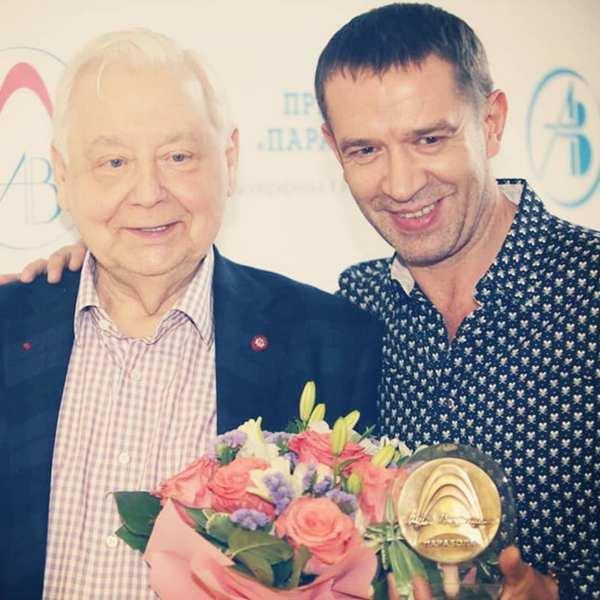 Владимир Машков рассказал, как просил Олега Табакова взять его на учебу с банкой серной кислоты в руках