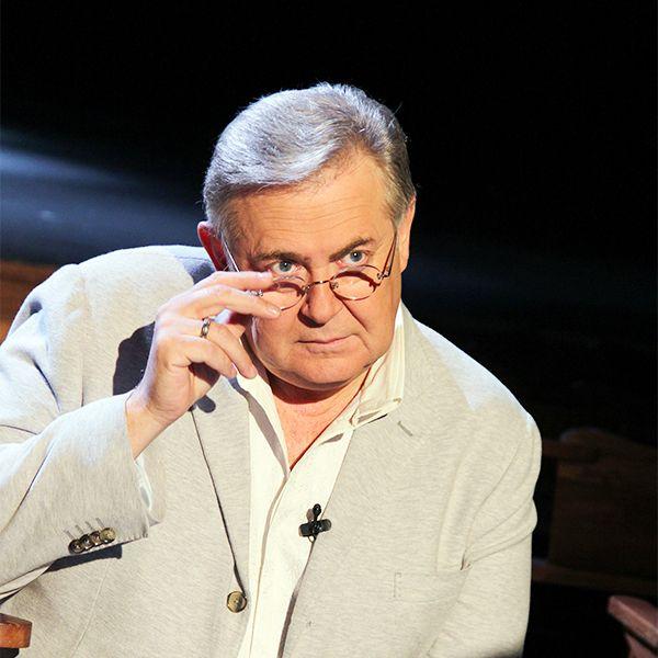 62-летний Юрий Стоянов похудел на 22 килограмма ради своего нового юмористического шоу