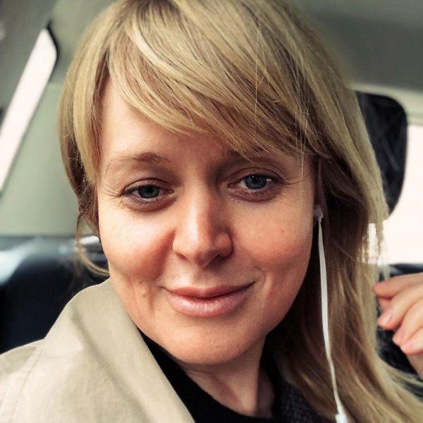 Анна Михалкова пожаловалась, что вынуждена постоянно «спасать» своих родственников
