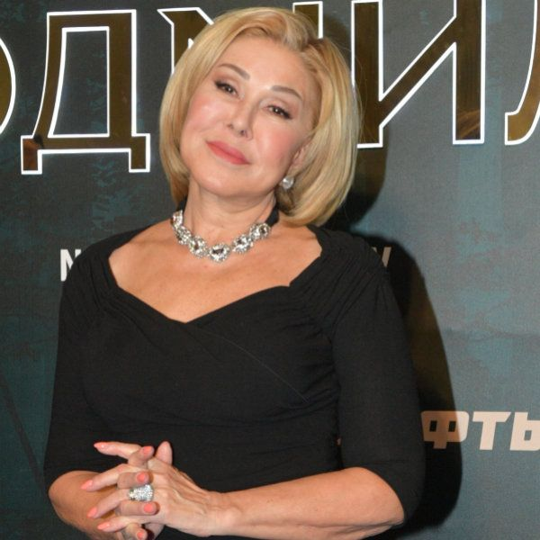 Представитель Любови Успенской опроверг информацию о ее госпитализации