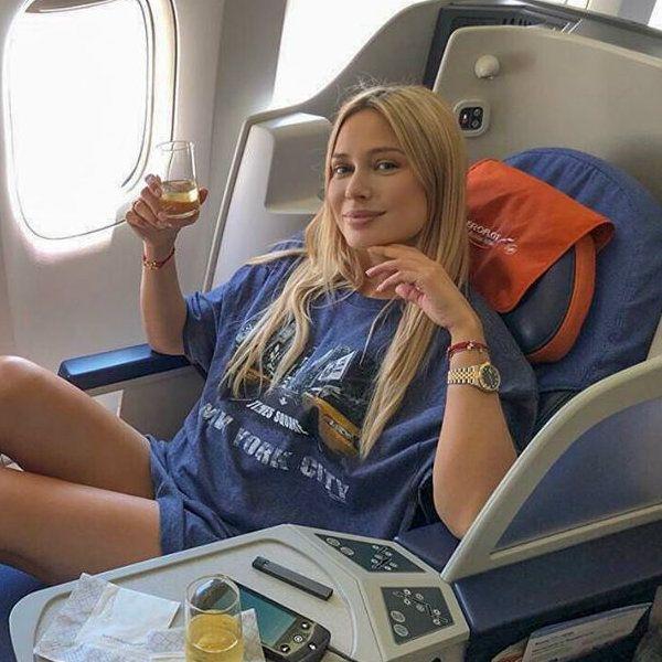 Наталья Рудова высмеяла заявление хейтера о том, что у нее комплексы из-за отсутствия мужа и детей