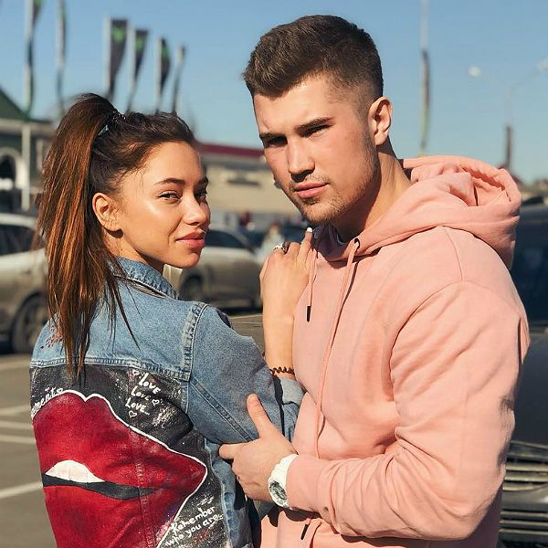 Звезда «Дома-2» Роман Гриценко расстался с возлюбленной из-за рукоприкладства