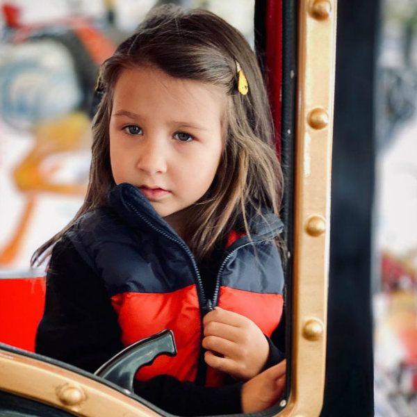 Иван Ургант опубликовал редкое фото младшей дочери в честь ее 4-летия