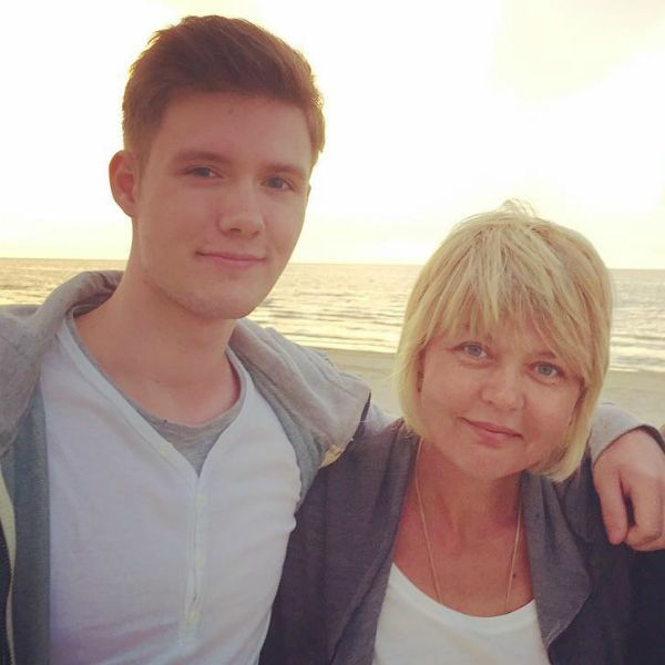 Юлия Меньшова призналась, что заставила сына поступить в МХАТ