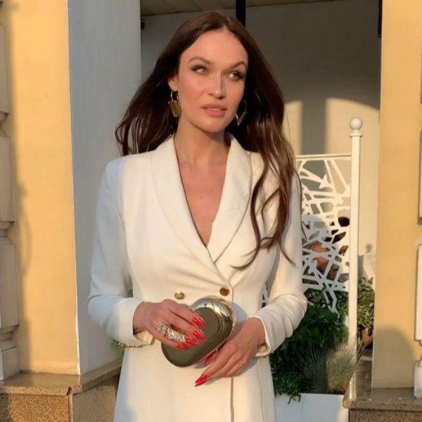 Алена Водонаева извинилась за «тупые и скучные Stories» с отдыха в Лос-Анджелесе