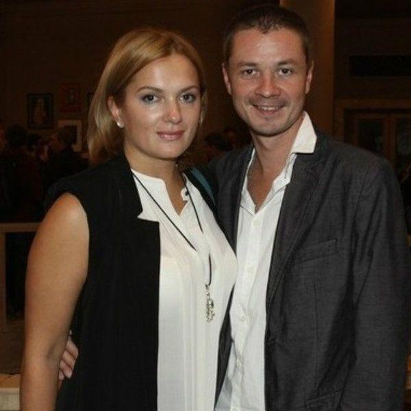 Илья Древнов впервые прокомментировал развод с Марией Порошиной - Вокруг ТВ.
