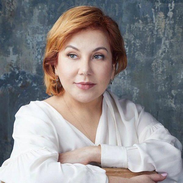 Заметно похудевшая 48-летняя Марина Федункив похвасталась стройными ногами