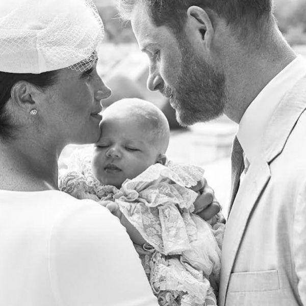Появились первые кадры с крещения сына Меган Маркл и принца Гарри