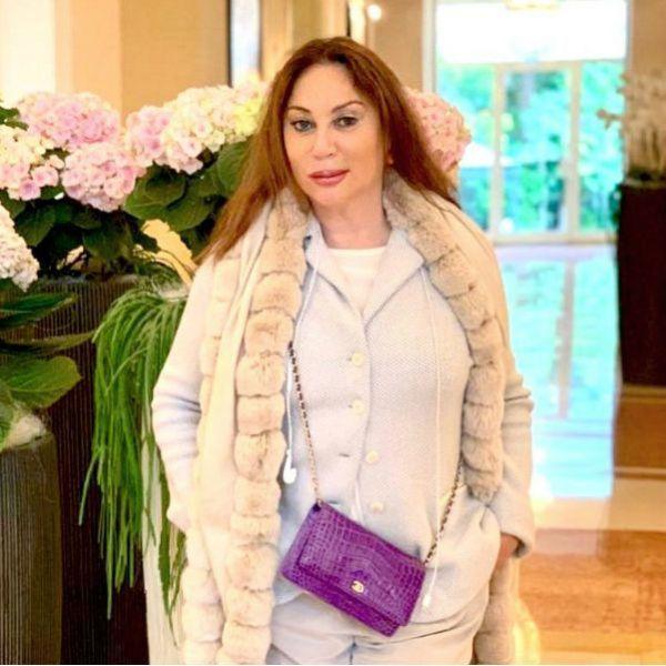 Имущество фэшн-директора ЦУМа Аллы Вербер стоимостью в сотни миллионов рублей достанется ее матери и дочери