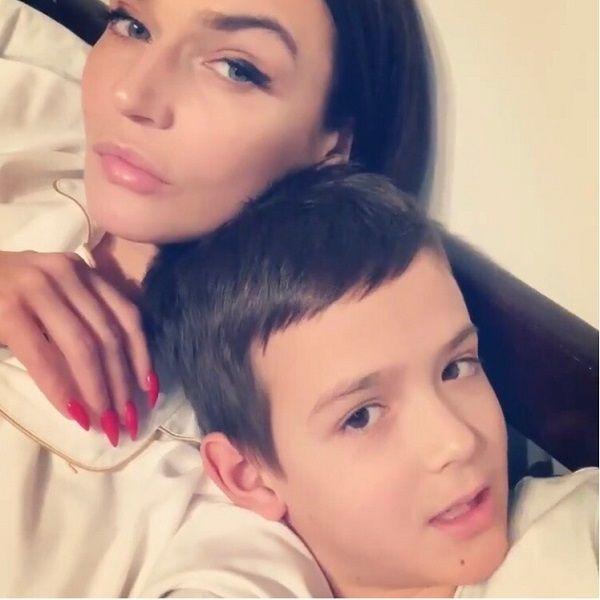 Алена Водонаева объяснила, почему разрешает 8-летнему сыну смотреть фильмы Квентина Тарантино