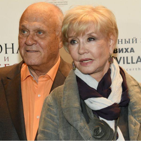 Вера Алентова поддержала Владимира Меньшова на показе фильма «Зависть богов» в Южно-Сахалинске