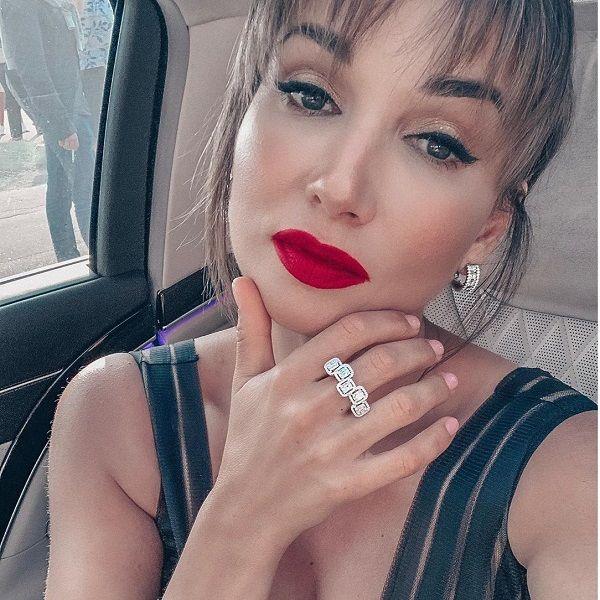 Анфиса Чехова призналась, что ей неприятно заходить на свою страницу в Instagram