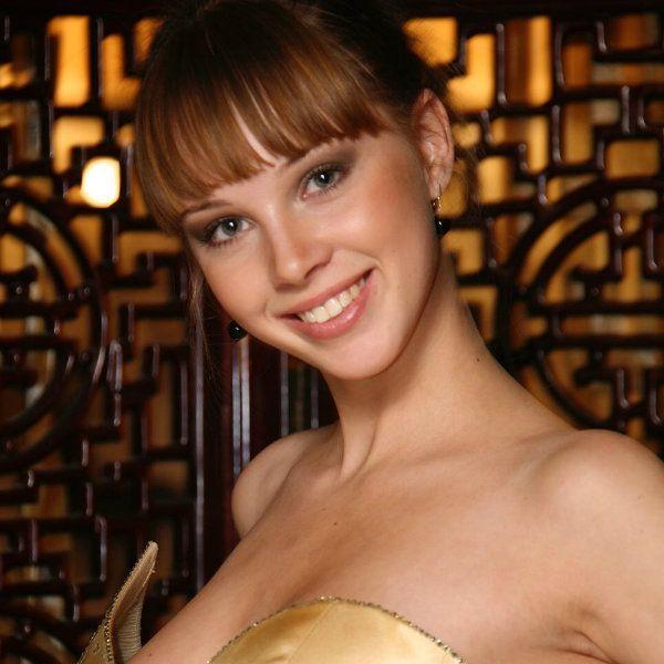 Супруга Дмитрия Диброва рассказала, из-за чего ее дразнили в детстве