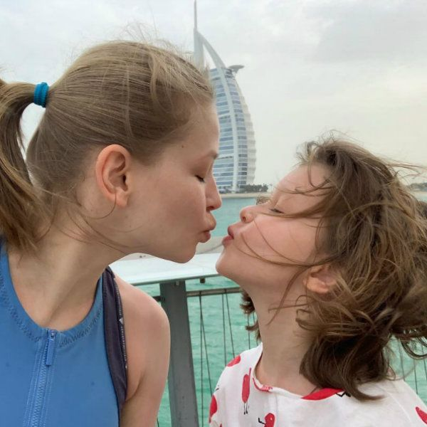 Юлия Пересильд и Алексей Учитель подарили старшей дочери на 10-летие музыкальный клип