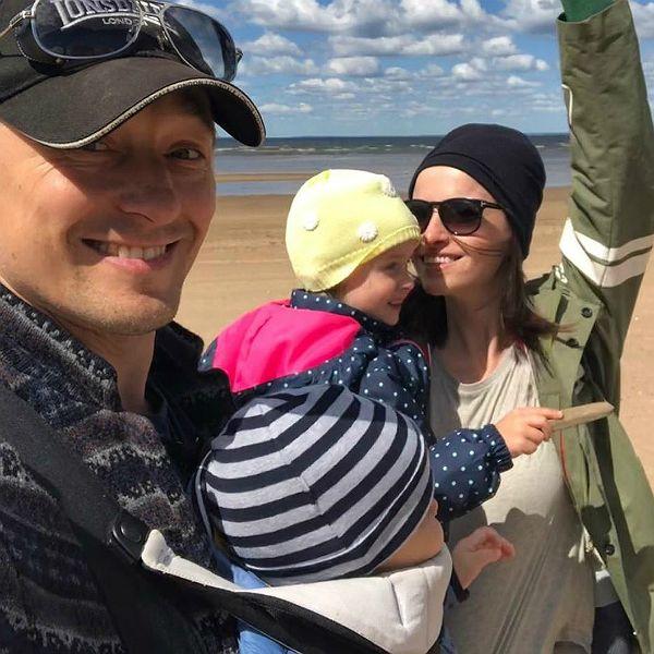 8-месячный сын Сергея Безрукова впервые побывал на съемочной площадке