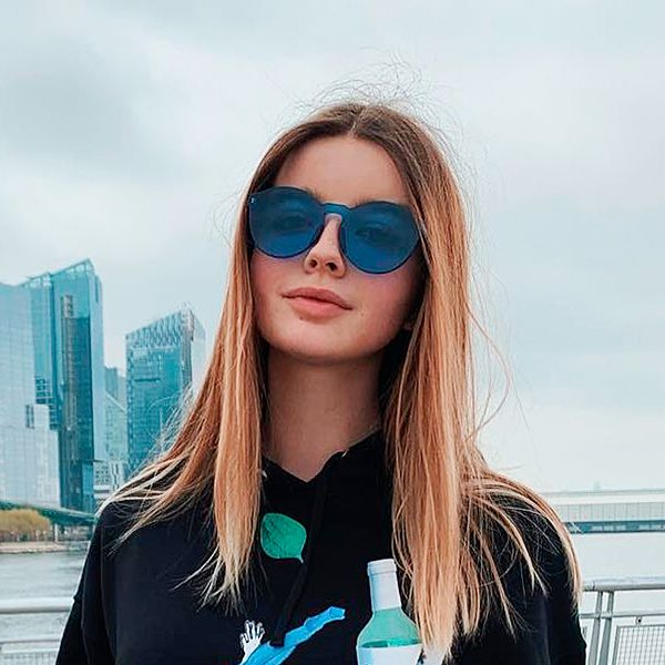 18-летняя дочь Екатерины Стриженовой впервые опубликовала фото с племянником