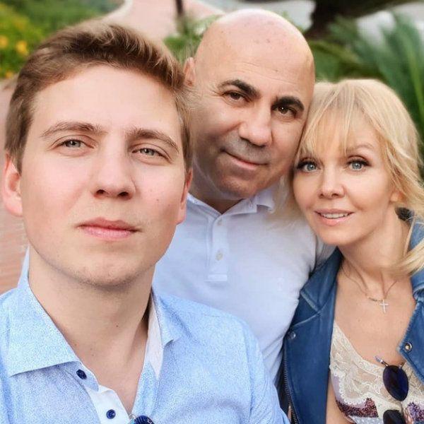 Валерия трогательно поздравила недавно женившегося сына с 25-летием