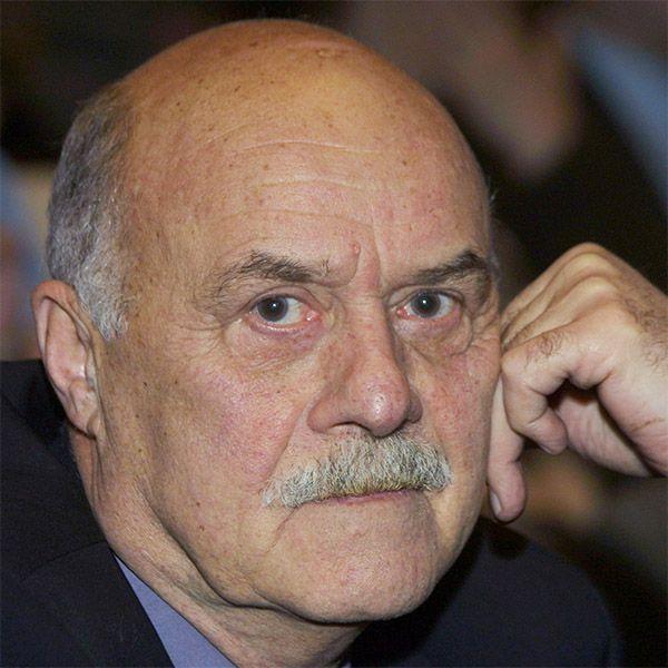 Суд отказался признавать страдающего ДЦП внебрачного сына Станислава Говорухина наследником режиссера