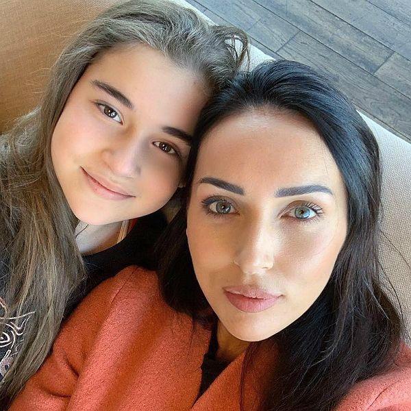 10-летняя дочь Алсу Микелла Абрамова стала победительницей 6-го сезона шоу «Голос. Дети»