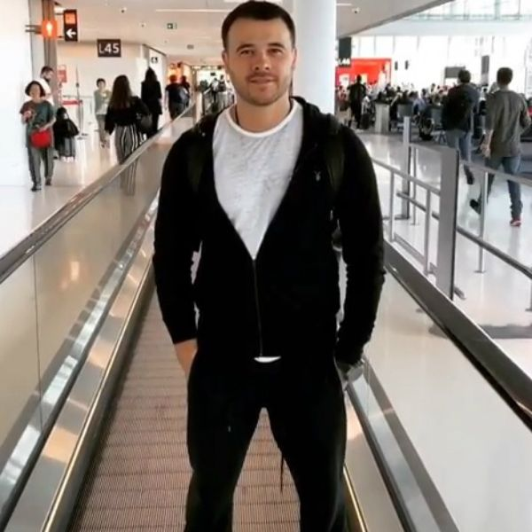 Эмин Агаларов встретил гостей фестиваля «ЖАРА» зажигательным танцем