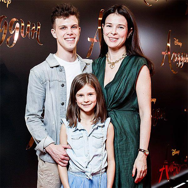 Экс-жена Игоря Верника вышла в свет с детьми