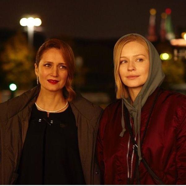 Юлия Пересильд объявила о завершении съемок фильма «Трое» с Викторией Исаковой и Константином Хабенским