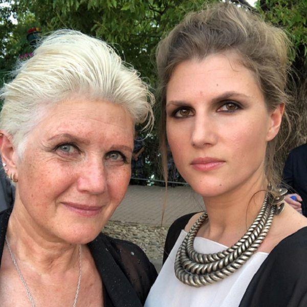 Звезда «Нелюбви» Марьяна Спивак трогательно поздравила маму с днем рождения