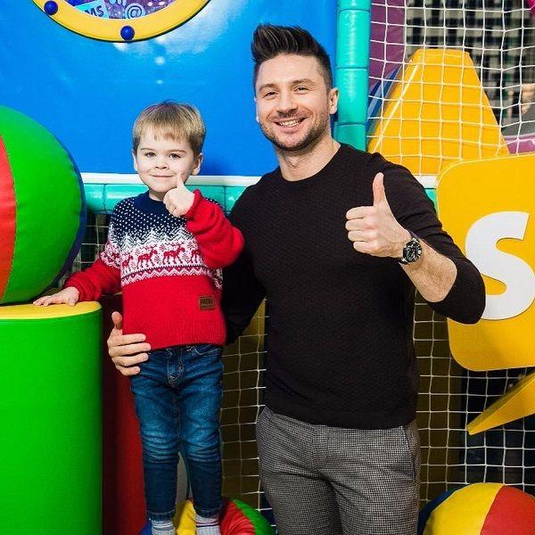 Сергей Лазарев рассказал, что не возьмет 5-летнего сына с собой на «Евровидение — 2019» в Израиль