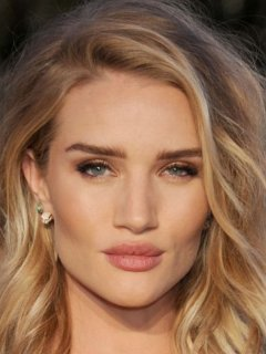 Роузи Хантингтон-Уайтли (Rosie Huntington-Whiteley ... блейк лайвли рост