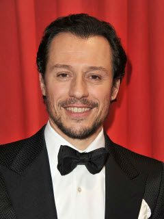 Стефано Аккорси (Stefano Accorsi), Актер: фото, биография ... джуд лоу актер